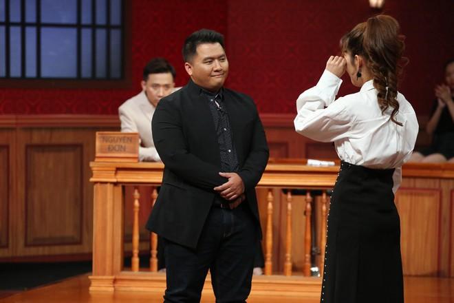 Trấn Thành, Việt Hương tranh cãi kịch liệt quanh chuyện đàn ông bị phụ nữ siết tiền - Ảnh 4.