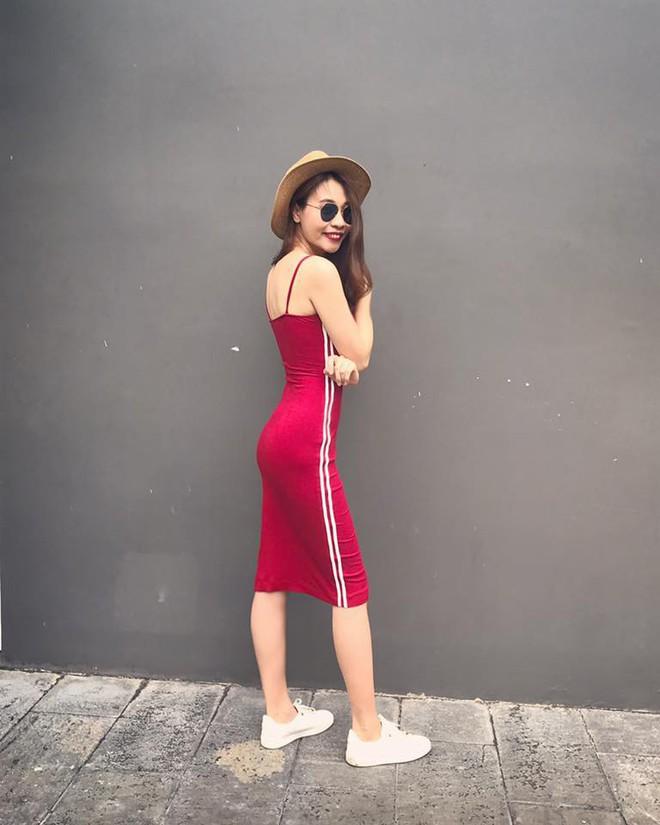 Ai cũng biết lý do Đàm Thu Trang không hay đi giày cao gót, nhưng rõ ràng người đẹp kết hợp giày/dép bệt rất đúng trend - Ảnh 6.