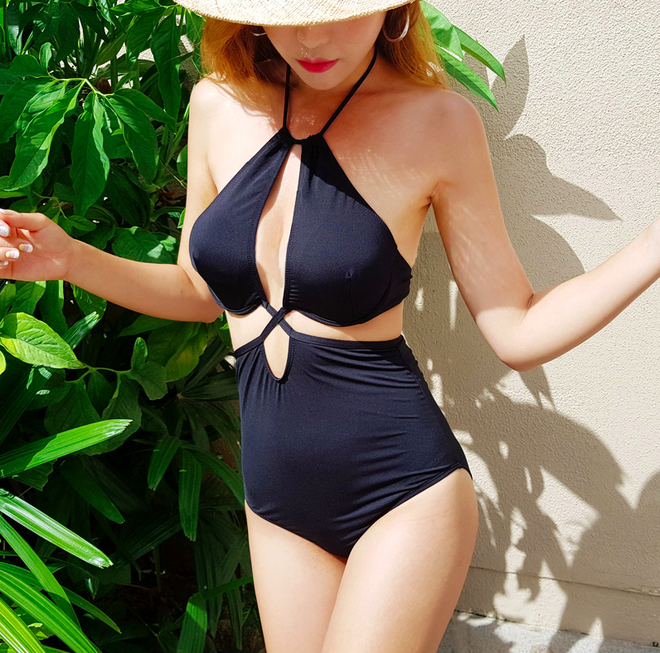 Quần áo bình thường còn giấu dáng được, nhưng đồ bơi nhất định phải chọn đúng thiết kế chuẩn dáng - Ảnh 10.