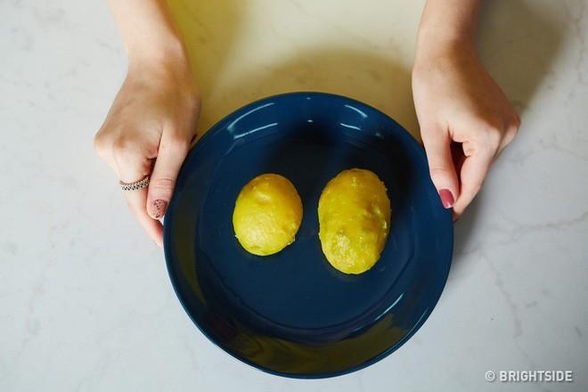 8 mẹo vặt dễ giật mình nhưng lại cực hữu ích trong nhà bếp mà bà nội trợ nào cũng nên biết - Ảnh 5.