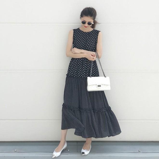 Mùa hè là phải mặc váy dáng dài, nhưng mặc sao cho đẹp thì đây là 5 bí kíp bạn cần bỏ túi - Ảnh 12.