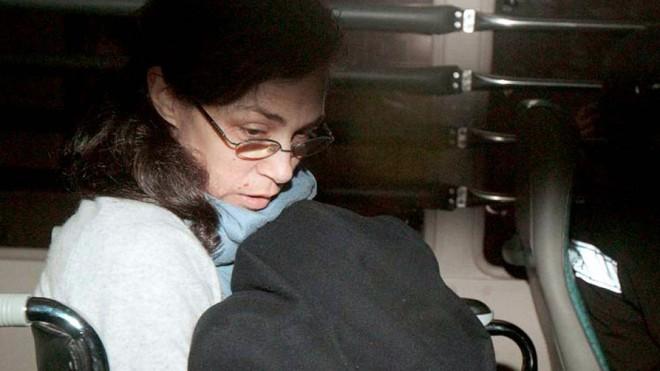 """Vụ án """"sát thủ sữa lắc chấn động Hồng Kông: Vợ lợi dụng con gái, đầu độc chồng bằng ly sữa và đánh đập nạn nhân dã man - Ảnh 1."""