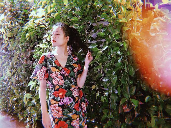 Khi Hà Hồ và Hoàng Thùy Linh cùng mặc một chiếc váy, thật khó để chọn ai xuất sắc hơn ai - Ảnh 4.