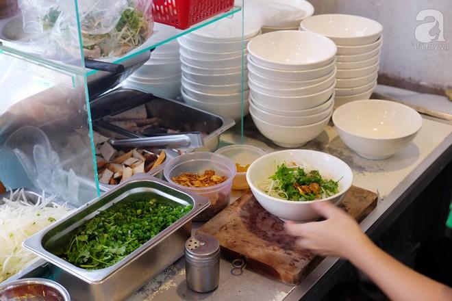 Đi một vòng Sài Gòn ghé 6 quán bánh canh siêu ngon mà giá bình dân, ăn một lần là thương nhớ 34