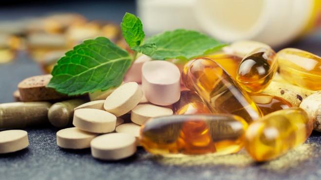 Tất tần tật những điều bạn cần biết trước khi quyết định bổ sung vitamin cho cơ thể - Ảnh 1.