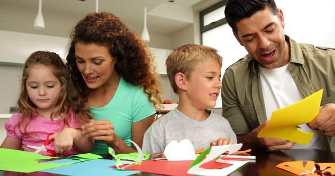Phải làm hết việc nhà, nhờ chồng trông con khóc chỉ một lúc cũng không xong, bà mẹ trẻ Mỹ viết tâm thư gây sốt cộng đồng mạng - Ảnh 4.