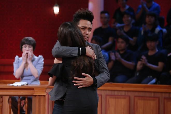 Trấn Thành, Việt Hương đồng loạt rơi nước mắt trong phiên tòa vợ chồng Kha Ly – Thanh Duy - Ảnh 6.