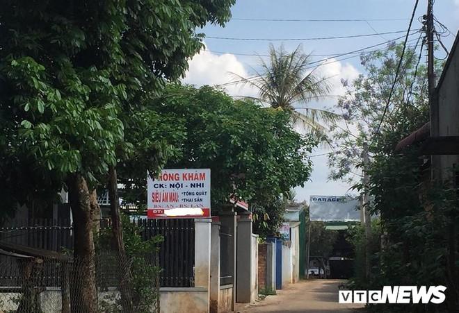 Nữ hiệu trưởng thiệt mạng trong lúc truyền dịch: Đình chỉ hoạt động phòng khám tư - Ảnh 1.
