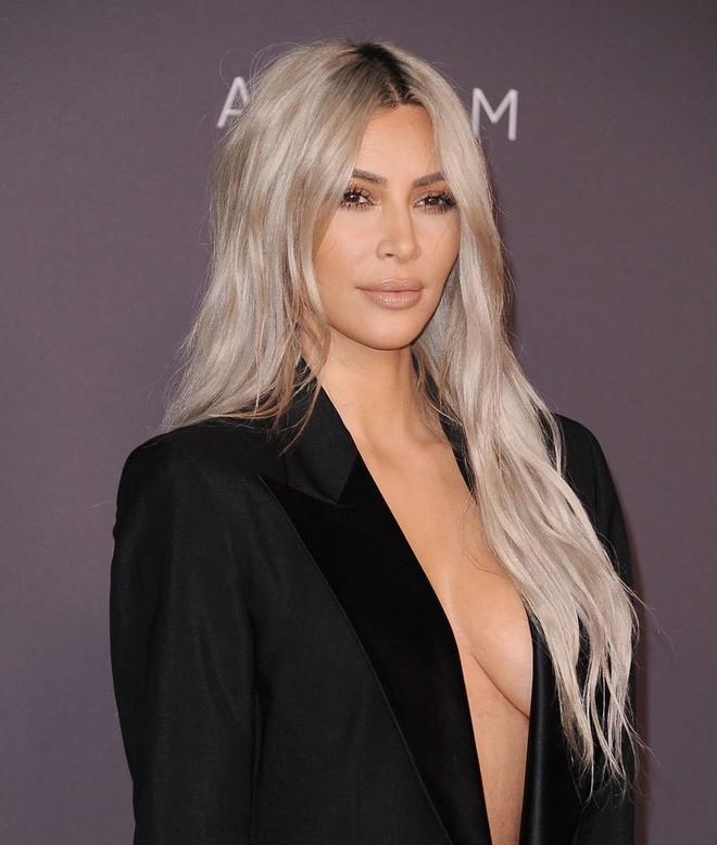 Để đẹp như Kim Kardashian hãy đầu tư 30 triệu cho 7 sản phẩm dưỡng da, chống lão hóa này - Ảnh 2.