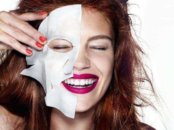 5 lỗi sai khi đắp mặt nạ giấy khiến cho các nàng có tốn tiền triệu cũng chẳng da dẻ cải thiện chút nào - Ảnh 3.