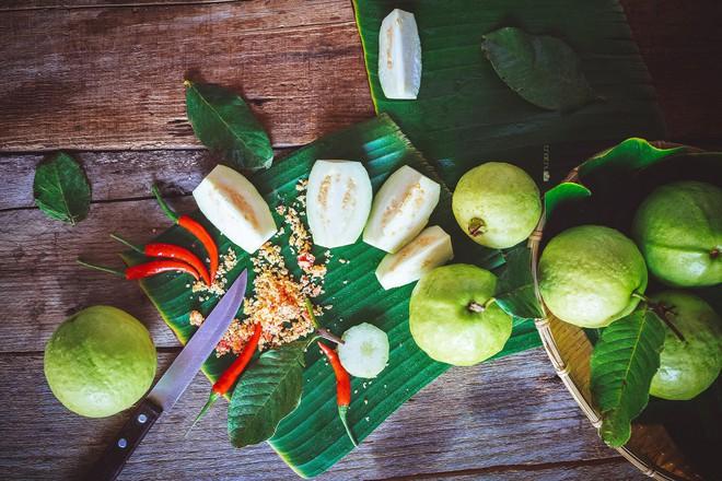 6 loại trái cây chứa ít đường càng ăn càng giúp giảm cân hiệu quả - Ảnh 1.