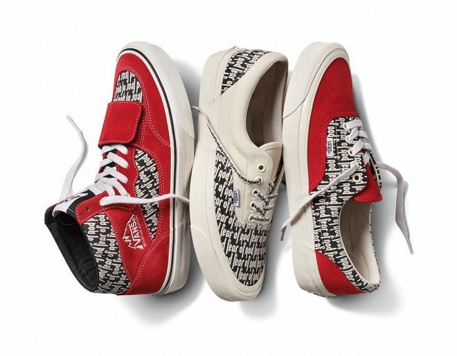 Vans x Fear of God: Vốn nổi tiếng là hãng bán sneakers bình dân, đôi Vans này lại có giá đến 16 triệu đồng - Ảnh 3.