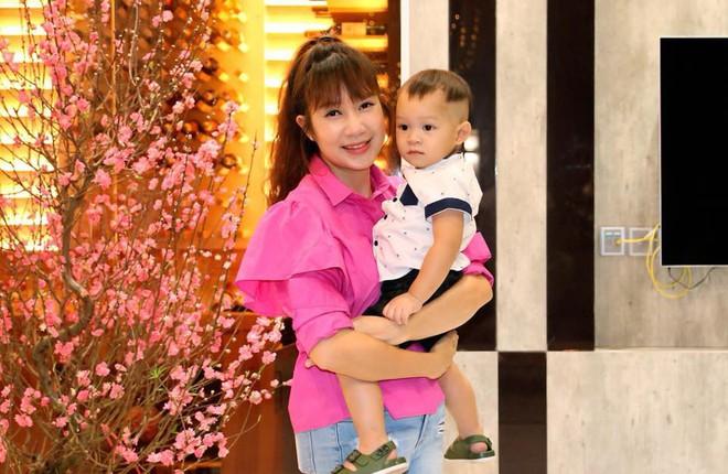 6 cô vợ vừa xinh vừa giỏi của sao Việt: Người là nữ thạc sĩ giàu tri thức, người là DJ nóng bỏng bao người mê - Ảnh 18.