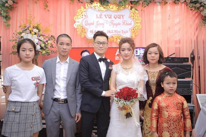 Một đám cưới hai tâm trạng - bức ảnh làm dậy sóng MXH hôm nay chứng minh: Ngày cưới chưa chắc ai cũng vui! - Ảnh 2.