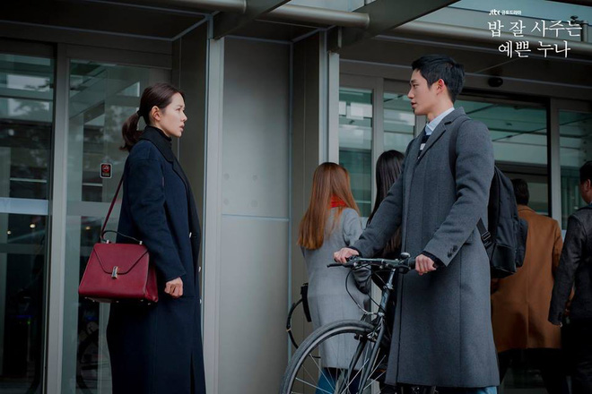 Yêu trai trẻ sáng láng như Joon Hee mà chị đẹp Jin Ah cứ mãi xuề xòa từ trang phục đến đầu tóc thế này kể cũng thấy lo lo - Ảnh 3.