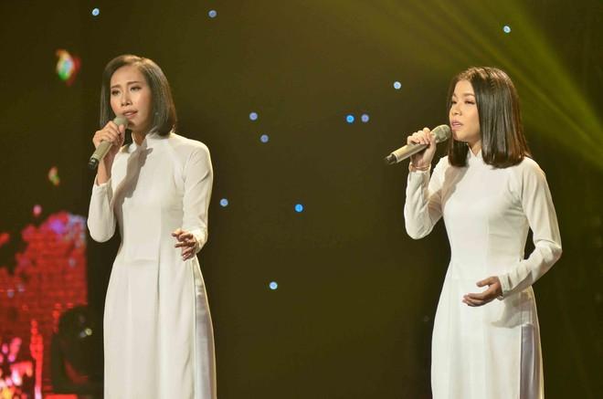 Hoàng Oanh hốt hoảng bảo vệ cô gái 17 tuổi bị thả thính trên truyền hình - Ảnh 12.