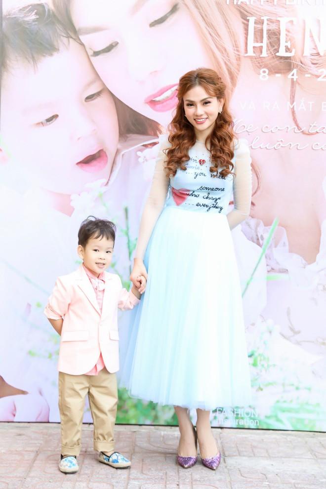 Thu Thủy xúc động hát tặng cho con trai cưng trong ngày sinh nhật lên 3 - Ảnh 2.