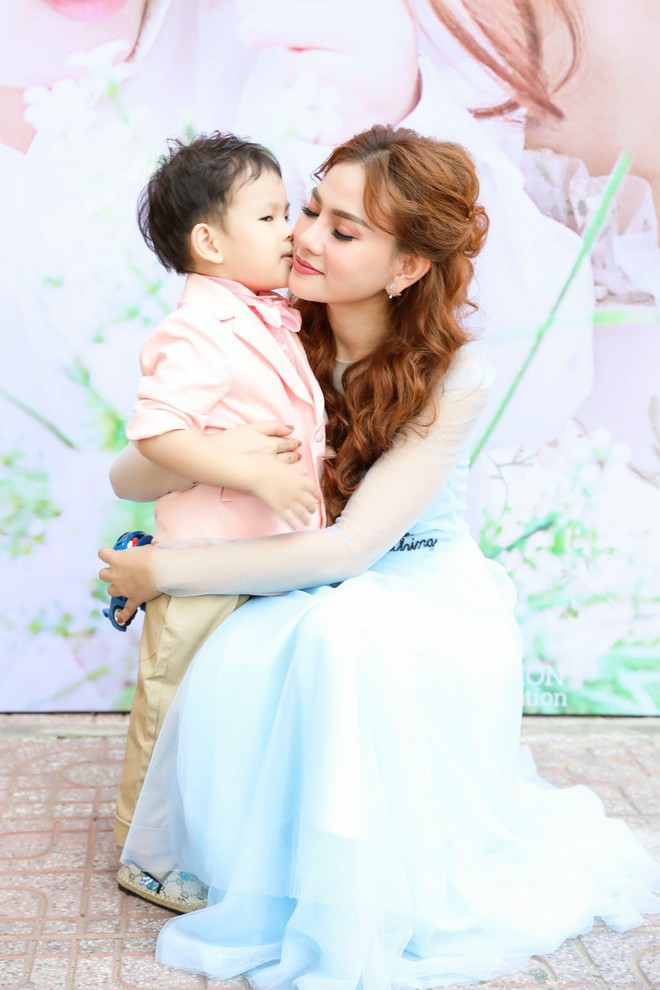 Thu Thủy xúc động hát tặng cho con trai cưng trong ngày sinh nhật lên 3 - Ảnh 3.