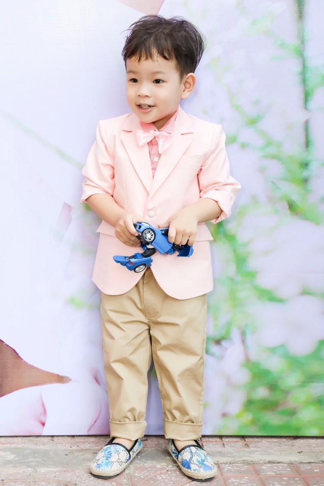 Thu Thủy xúc động hát tặng cho con trai cưng trong ngày sinh nhật lên 3 - Ảnh 4.