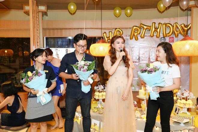 Thu Thủy xúc động hát tặng cho con trai cưng trong ngày sinh nhật lên 3 - Ảnh 22.