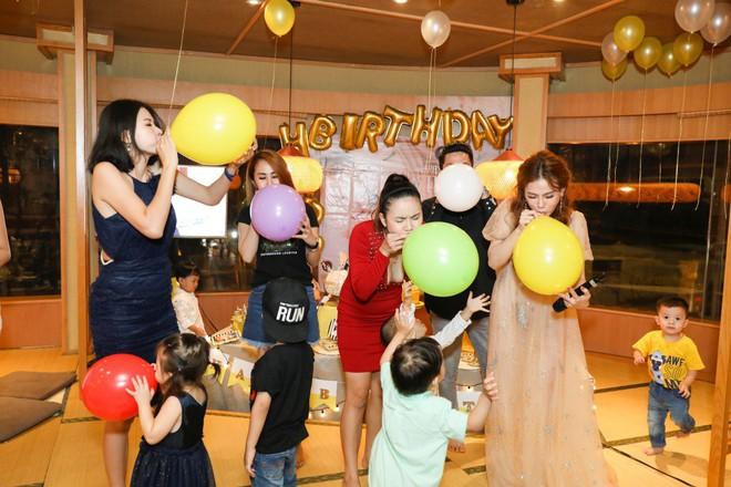 Thu Thủy xúc động hát tặng cho con trai cưng trong ngày sinh nhật lên 3 - Ảnh 23.