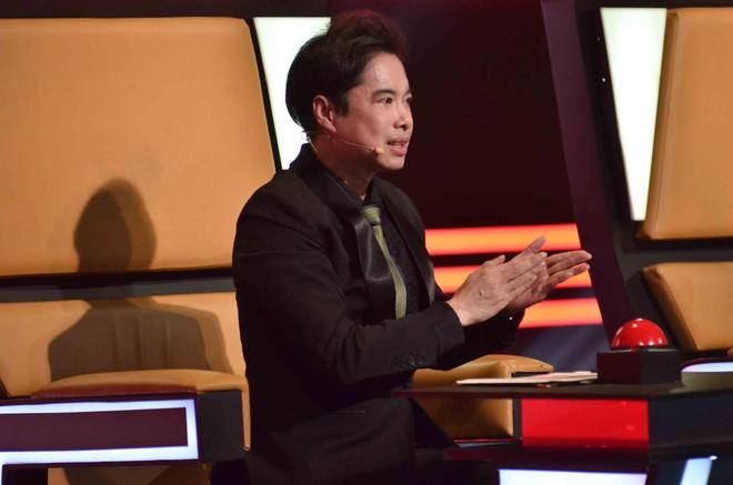 Hoàng Oanh hốt hoảng bảo vệ cô gái 17 tuổi bị thả thính trên truyền hình - Ảnh 3.