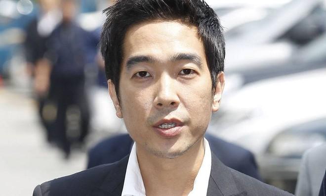 Những vụ bê bối gây chấn động nhất lịch sử showbiz Hàn: Đường dây mại dâm, xâm hại tình dục bị bóc trần - Ảnh 10.
