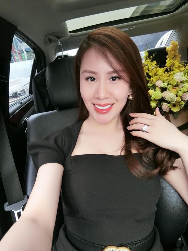 Sau 1 năm kết hôn với bao sóng gió thị phi, vợ thứ 2 của MC Thành Trung ngày càng xinh đẹp, sang chảnh - Ảnh 19.