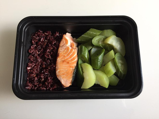 20 thực đơn giảm cân có gạo lứt theo chế độ ăn Eat Clean giúp bạn có được bụng phẳng, tự tin chào hè - Ảnh 3.
