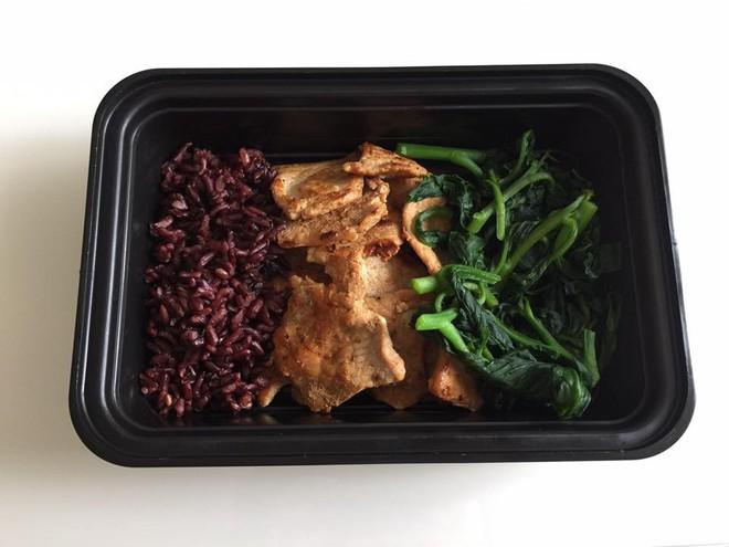 20 thực đơn giảm cân có gạo lứt theo chế độ ăn Eat Clean giúp bạn có được bụng phẳng, tự tin chào hè - Ảnh 8.