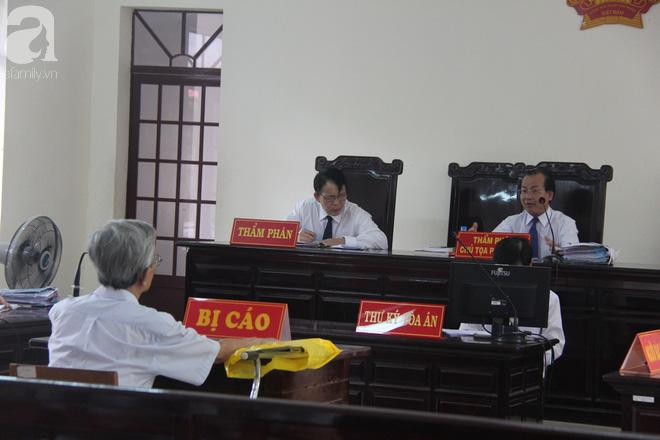 Nguyễn Khắc Thủy cho biết sẽ kiện những người tố cáo vì cho rằng họ có tư thù cá nhân - Ảnh 1.