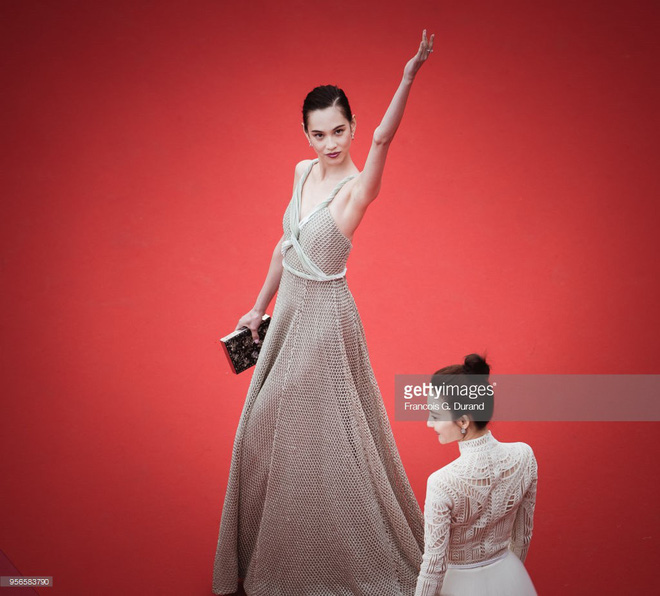 Không phải Phạm Băng Băng, đây mới là mỹ nhân châu Á có những khoảnh khắc thần sầu nhất tại thảm đỏ Cannes - Ảnh 13.