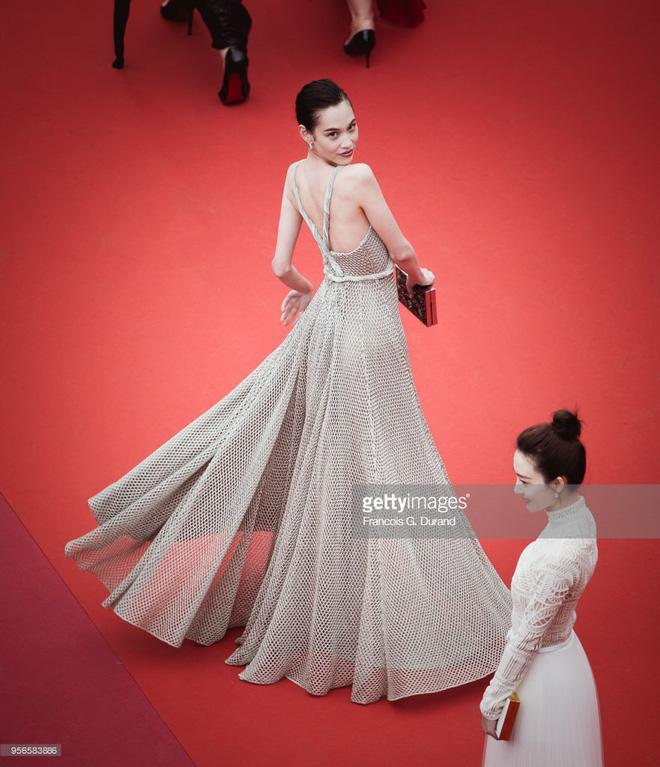 Không phải Phạm Băng Băng, đây mới là mỹ nhân châu Á có những khoảnh khắc thần sầu nhất tại thảm đỏ Cannes - Ảnh 14.