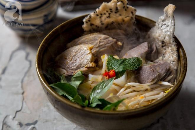 Món ngon cuối tuần: Mì Quảng thịt vịt - Ảnh 1.