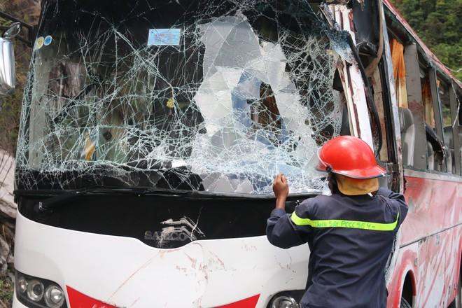 Hiện trường vụ tai nạn kinh hoàng, 3 cán bộ hưu trí ngành công an tử vong - Ảnh 6.