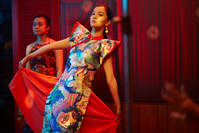 Không chỉ huyền ảo, ma mị trong từng cảnh quay, trang phục trong MV mới của Bích Phương cũng khiến người xem nổi da gà vì quá đẹp - Ảnh 12.