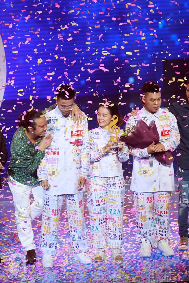 Vượt mặt học trò Hồ Hoài Anh, nhóm Lộn xộn trở thành Quán quân Sing my song 2018 - Ảnh 3.