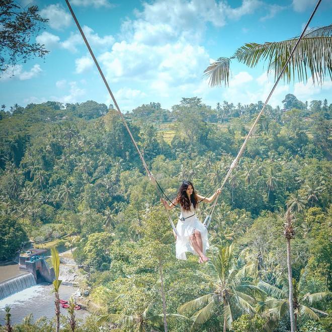 Bali Swing - trò đánh đu đẹp tựa thiên đường nhưng ẩn chứa vô vàn nguy hiểm - Ảnh 1.