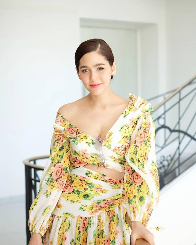 Chẳng phải Phạm Băng Băng hay dàn sao Hollywood, mỹ nhân Thái Chompoo Araya mới là người chiếm sóng thảm đỏ trong 5 ngày ở Cannes - Ảnh 23.