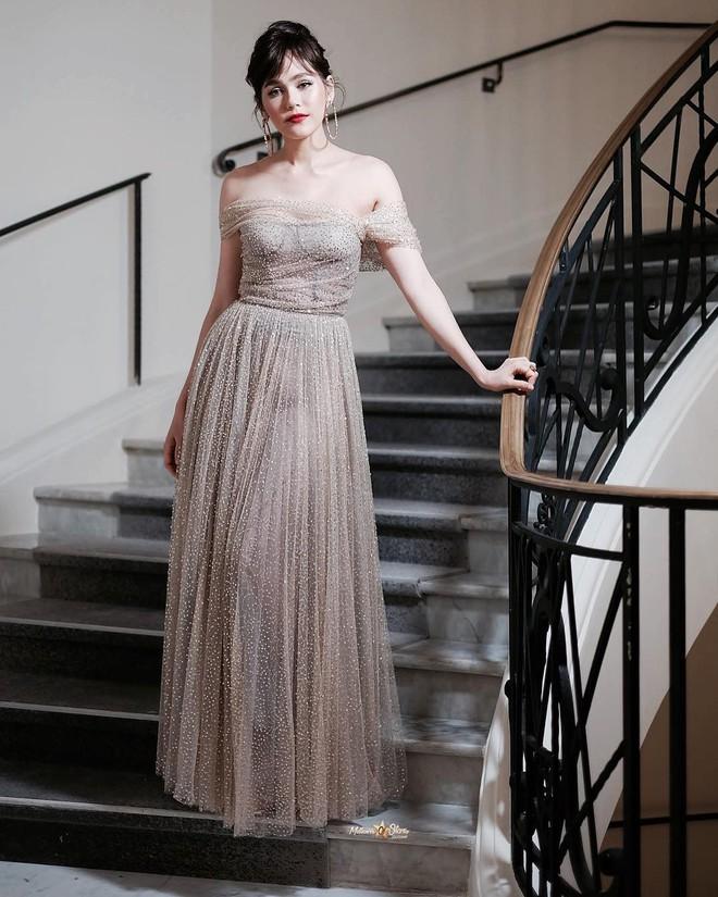 Chẳng phải Phạm Băng Băng hay dàn sao Hollywood, mỹ nhân Thái Chompoo Araya mới là người chiếm sóng thảm đỏ trong 5 ngày ở Cannes - Ảnh 17.