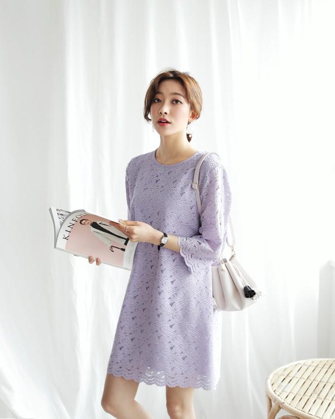10 gợi ý mặc đồ với chất liệu ren mỏng mát cho nàng công sở những ngày trời nắng nóng - Ảnh 3.