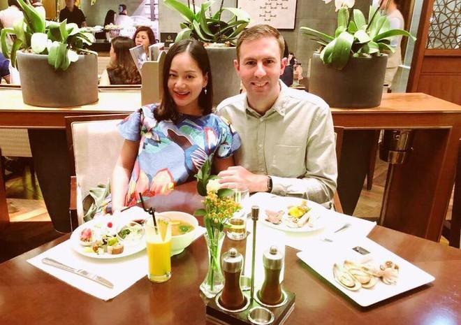 Sắp đến ngày lâm bồn, Lan Phương hạnh phúc khoe giấy đăng kí kết hôn nóng hổi với bạn trai Tây - Ảnh 3.