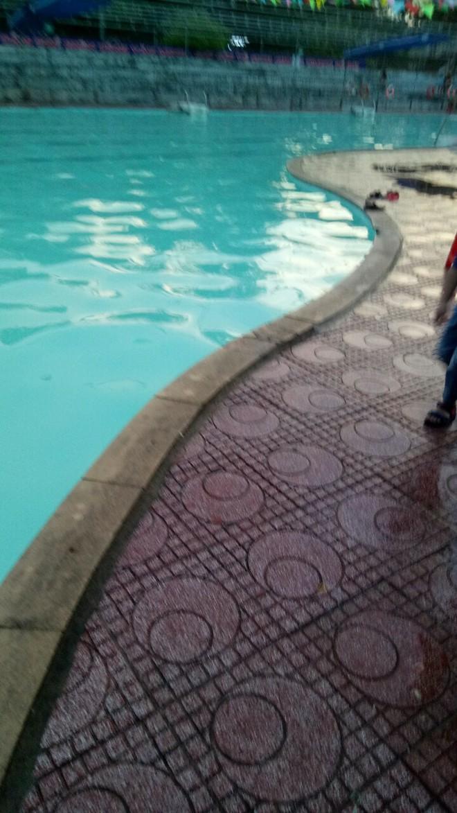 Điện bị rò rỉ ở bể bơi, một người nhập viện cấp cứu trong tình trạng nguy kịch - Ảnh 2.