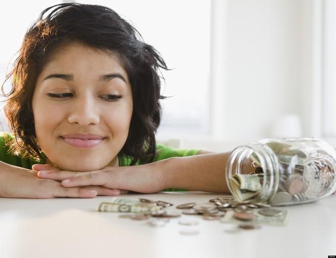 Bí quyết tiết kiệm tiền tỉ của bà mẹ 2 con: Bắt đầu đơn giản từ những đồng bạc lẻ - Ảnh 3.