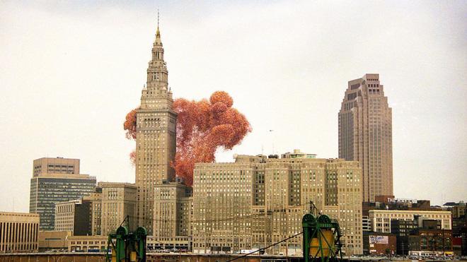 Lễ hội bóng bay Cleveland 1986: Sự kiện hoành tráng bỗng hóa thành thảm họa chết người sau khi 1,5 triệu quả bóng bay được thả - Ảnh 3.