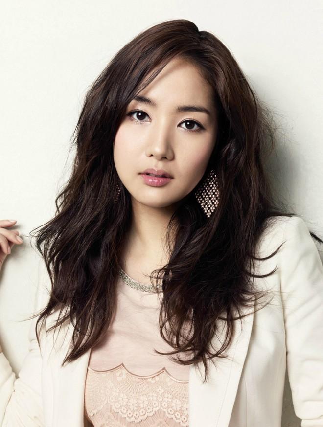 """Những ca phẫu thuật thành công của mỹ nhân Hàn: Đúng là không có gì là không thể, một bước """"vịt hóa thiên nga"""", lọt top gương mặt đẹp nhất thế giới - Ảnh 3."""