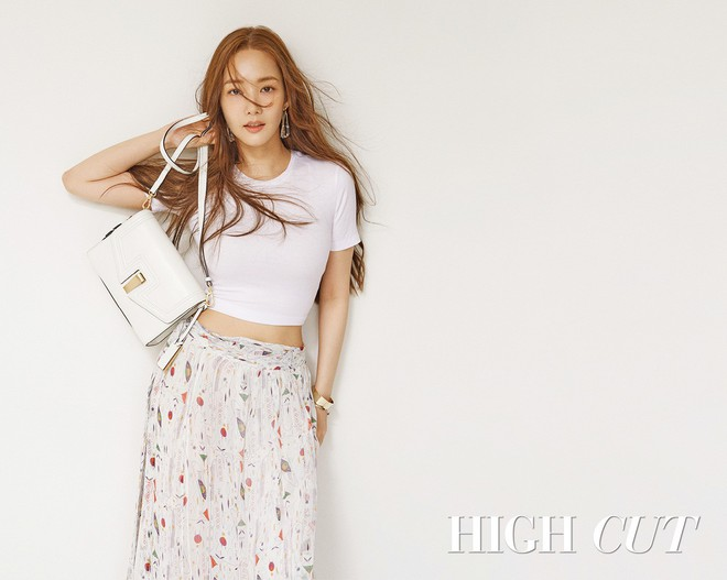 Nữ hoàng dao kéo Park Min Young khoe trọn vẹn nhan sắc đỉnh cao trên tạp chí: Đẹp vừa vừa thôi! - Ảnh 3.