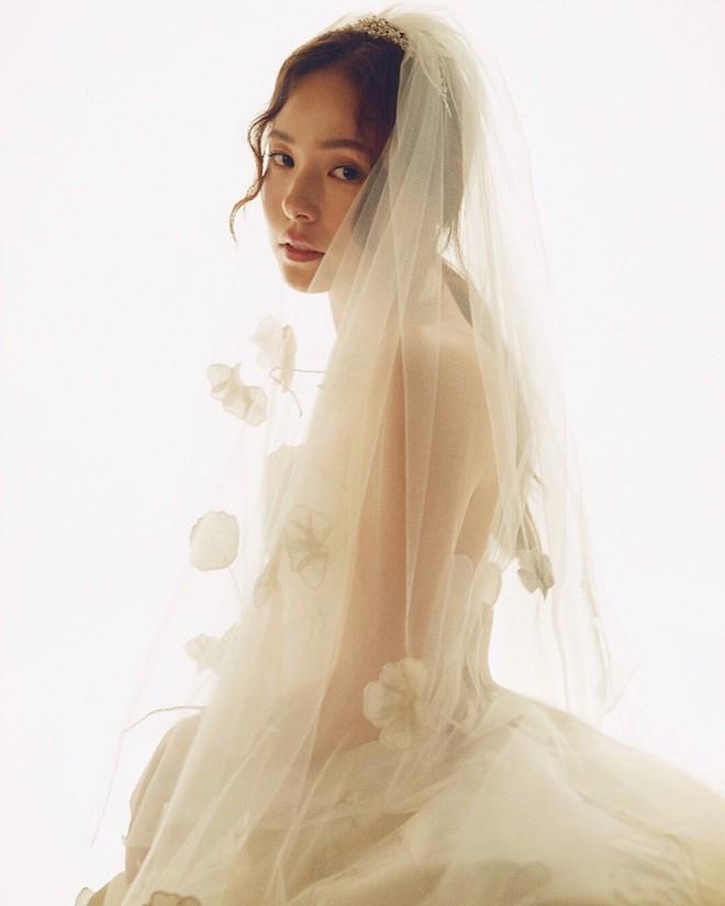 """Những ca phẫu thuật thành công của mỹ nhân Hàn: Đúng là không có gì là không thể, một bước """"vịt hóa thiên nga"""", lọt top gương mặt đẹp nhất thế giới - Ảnh 26."""