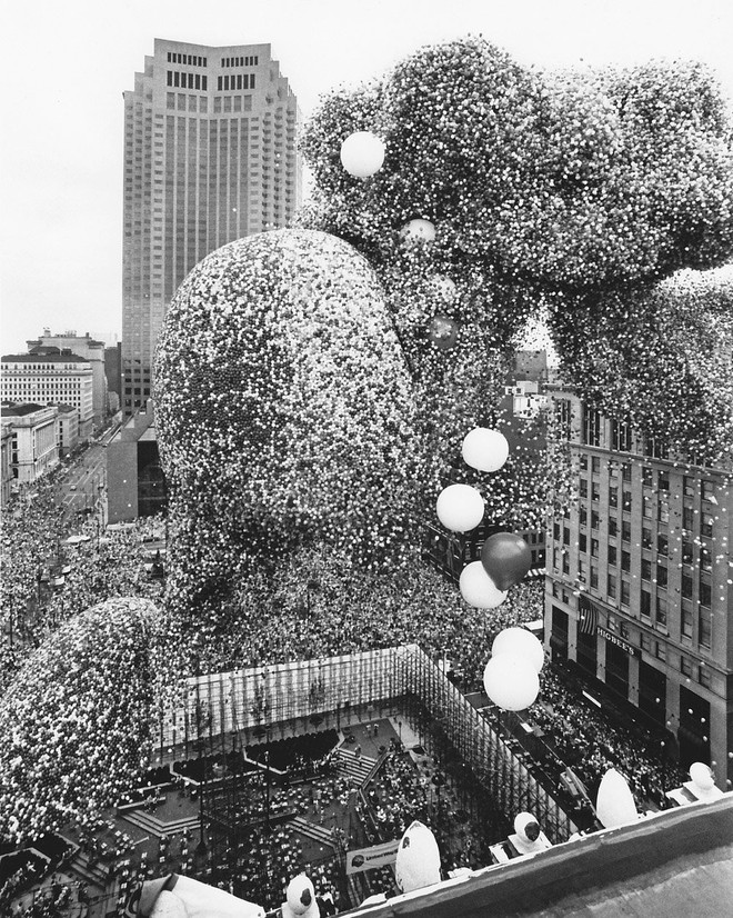 Lễ hội bóng bay Cleveland 1986: Sự kiện hoành tráng bỗng hóa thành thảm họa chết người sau khi 1,5 triệu quả bóng bay được thả - Ảnh 6.
