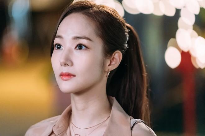 """Những ca phẫu thuật thành công của mỹ nhân Hàn: Đúng là không có gì là không thể, một bước """"vịt hóa thiên nga"""", lọt top gương mặt đẹp nhất thế giới - Ảnh 7."""
